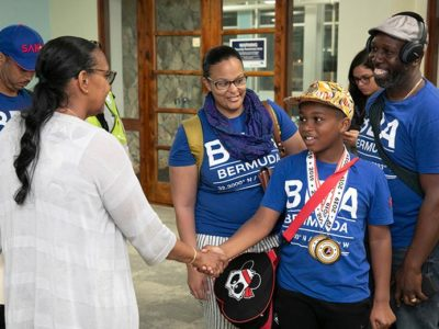Minister Welcomes Back Bermuda Sanshou Association Competitors