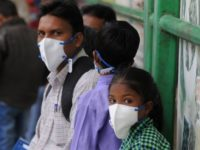 BBC: Millions of Masks Distributed to Students in 'Gas Chamber' Delhi Due to Air Pollution