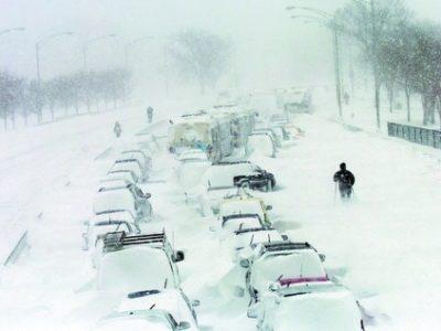 Old Farmer's Almanac Predicts An Alarming Number of US Snowstorms & Frigid Temperatures
