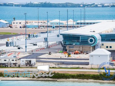 Premier Responds to Petition Calling on Government Not to Allow Flights to Bermuda From the US