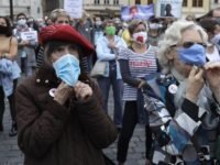 MASK Confusion Reigns as UN Scrambles Mask, Virus Spread Advice