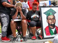 US Prosecutor: No Charges For Officer In Michael Brown's Death