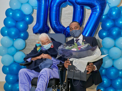 Premier Visits Louise Franks On Her 107th Birthday