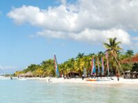 Jamaica's Tourism Projected To Earn US$1.87 Billion For 2021/22