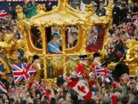 Four-Day Bank Holiday Weekend To Celebrate Queen's Platinum Jubilee In 2022