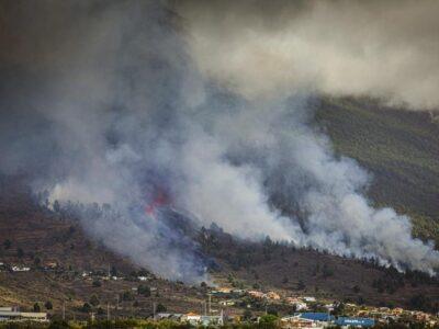 Volcano Erupts On Atlantic Island; Lava Threatens Some Homes